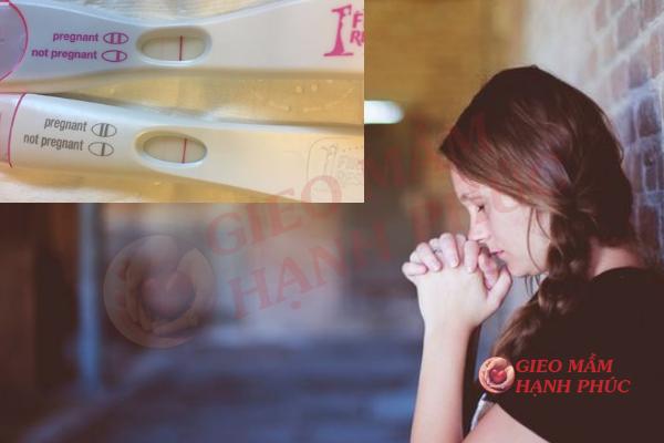 Que thử thai không lên vạch